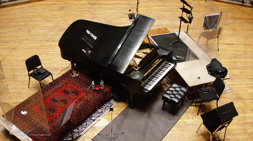 True Stereo Recordings method with a grand piano.